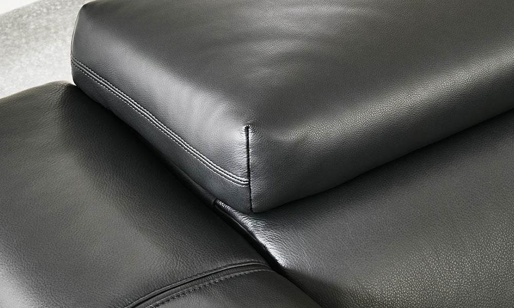 ふくよかな座り心地で全身を包み込んでくれます。